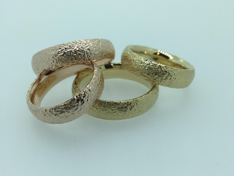 Unikalūs vestuviniai žiedai